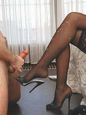 experienced pantyhose pussy