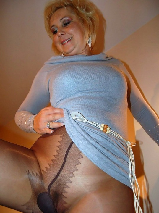 Stripe Pantyhose Nearly 20