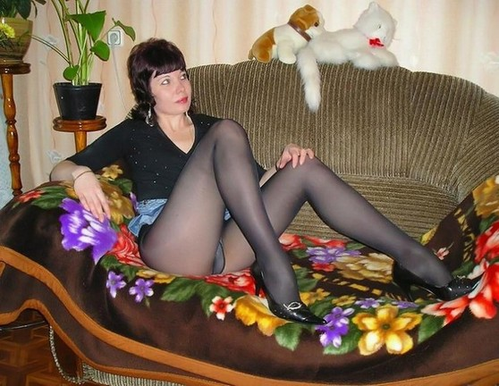 these pantyhose girls