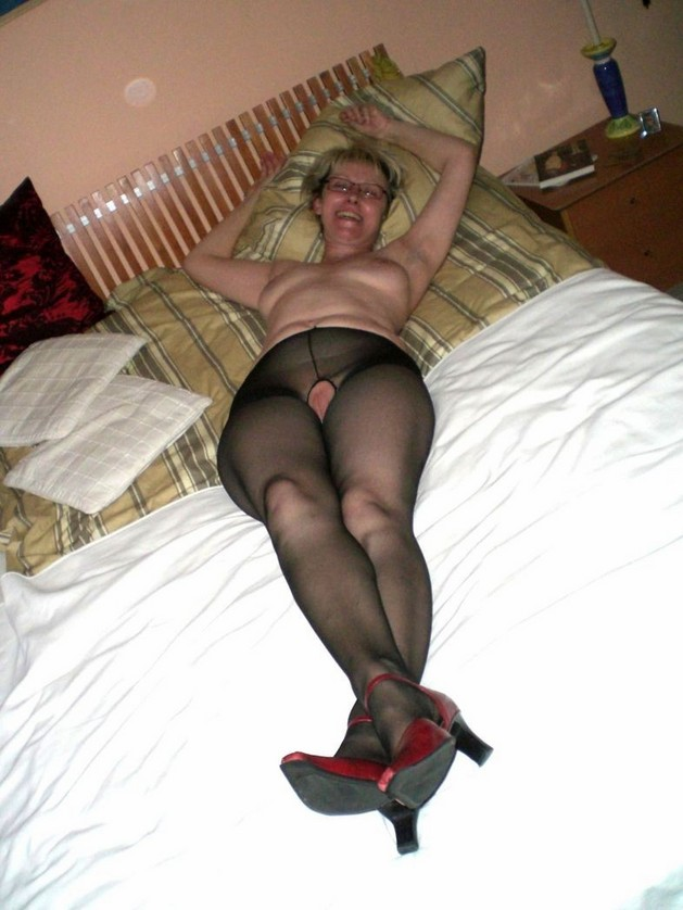 Mature She Males In Pantyhose 82