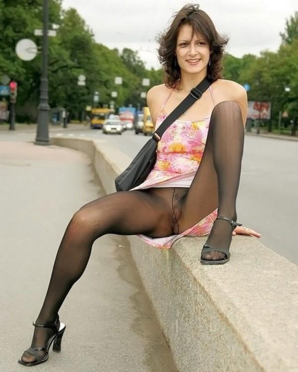 Pantyhose pretty girls in stockings