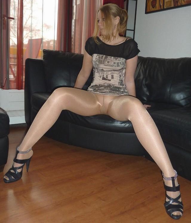 free mature stocking videos