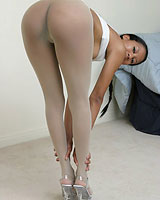 under pantyhose fetish pictures this